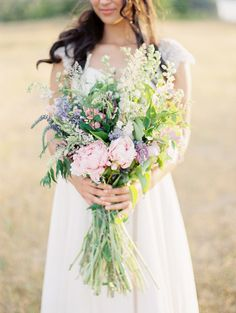 wildflower bouquet - photo by Sweetlife Photography http://ruffledblog.com/a-wedding-day-reflection-for-the-bride