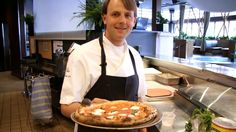 Neapolitan Margherita Pizza - CookingSessions.com