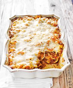 Orecchiette Matera módra - Stahl.hu Mozzarella, Lasagna, Ethnic Recipes, Food, Steel, Eten, Meals, Lasagne, Diet