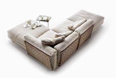 Entra nella gallery e scopri Flexform e il suo stile senza tempo: dai divani ai complementi d'arredo per una casa raffinata e moderna.
