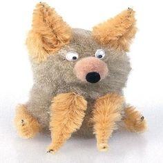 Chihuahua Dog Craft (you could use cream pom poms to make SkippyJon Jones)