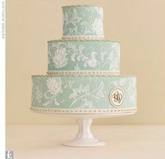 this is pretty. turquoise white bride cake paisley white icing hand painted