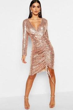 c8be4c1ff14 Sequin Plunge Neck Ruched Midi Dress - boohoo