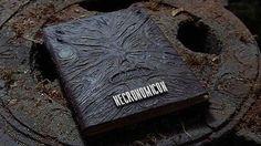 El Necronomicon       Howard Phillips Lovecraft a través de diferentes novelas descubrió un libro que contenía un relató de fórmulas m...
