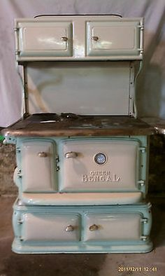 old and antique cole stoves | Queen Bengal Antique Wood / Coal Stove By Floyd Wells Co.