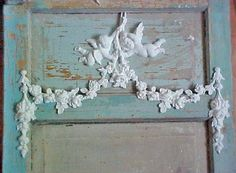 Cool Shabby Chic Decor examples, styling idea note 7757343188 - Truly Exciting styling to produce a truly cozy and stunning easy shabby chic decor diy . The chic ideas posted on this cool day 20181211 Shabby Chic Baby, Shabby Chic Mode, Style Shabby Chic, Shabby Chic Bedrooms, Shabby Chic Decor, Rustic Decor, Distressed Furniture, Shabby Chic Furniture, Painted Furniture