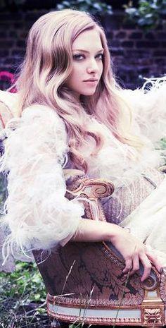 Amanda Seyfried ♥ you are SO BEAUTIFUL. http://viaggivietnam.asiatica.com/