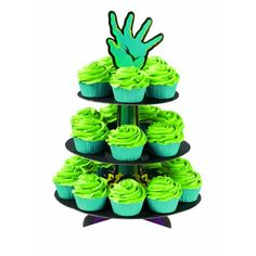 Zombie Hand - Cupcake Stand -- Perfect decorations for your table on Halloween. Or Walking Dead premiere party! Zombie Birthday Parties, Halloween Celebration, Birthday Ideas, 7th Birthday, Halloween Cupcakes Decoration, Zombie Cupcakes, Hulk Party, Zombie Prom, Zombie Walk