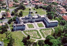 Keszthely   -    Festetics kastély     madártávlatból