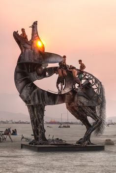 "Graphic designer at work wanted to share photos from Burning Man. He hesitated ""you do know what Burning Man is? Burning Man 2014, Burning Man Art, Burning Man Sculpture, Psychedelic Art, Graffiti, Street Art, Instalation Art, Black Rock Desert, Festival Looks"