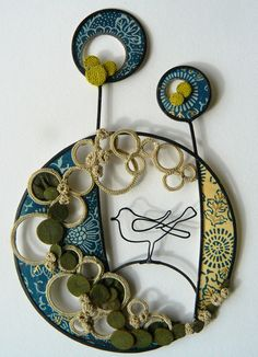 Wire bird Liz Cooksey looks like a mini world Creative Textiles, Creative Art, Wire Crafts, Textile Artists, Wire Art, Beads And Wire, Embroidery Techniques, Fabric Art, Community Art
