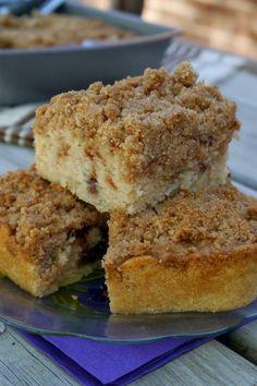 Cinnamon Coffee Cake - Tastes great for breakfast, brunch or dessert..