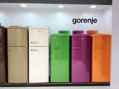 cozinhas com geladeiras coloridas - Pesquisa Google
