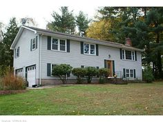 JUST LISTED! South Glastonbury Home For Sale!