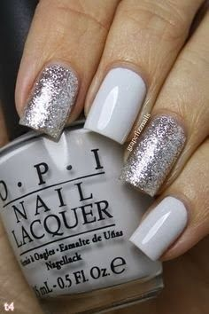 1000 images about modern manicures present pedicures on - Nageldesign beige gold ...