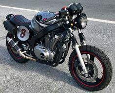 2007 SUZUKI GS500 CAFE RACER SCRAMBLER BRAT ROAD MOTORCYCLE LOW MILES 3800   	 		 			 							Up for sale is my super-clean (and super-cool) Suzuki 2007 GS500F. I bought this last year as a winter project and although it was in great shape when I purchased it, built it back up