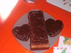 Pastel imposible de flan  y panetela y crema de chocolate y mani