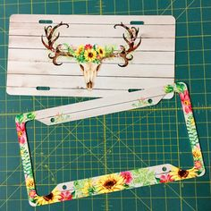 AquaMagnolia shared a new photo on Etsy I've had numerous requests for rustic deer antlers with sunflowers! Get the matching car coasters and trailer hitch to complete the set! Monogram License Plate, Front License Plate, License Plates, Car Tags, Cute Car Accessories, Buy Used Cars, Custom Tags, Trailer Hitch, Cute Cars