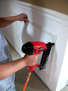 Easy Cheap DIY Wainscoting