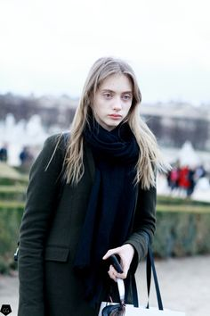 Odette Pavlova by Claire Guillon - CGstreetstyle