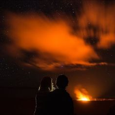 A twilight volcano adventure in Hawaii. What's more romantic than that? 🌋❤️