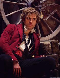 Blond male pirate