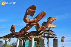 Did you see this giant Lobster in #Barcelona?! It was made by Javier Mariscal for the Barcelona 82's Olympics! #GowithOh #Gambrinus