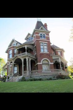 Pretty #victorianarchitecture