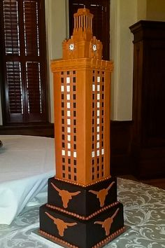 UT tower #longhorns #utcake #longhorncake