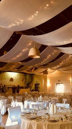 #wedding #vintagewedding #decor #vintage #hochzeit #esküvő #weddinglights #weddinginamill #parallellights Malm, Lights, Wedding, Decor, Valentines Day Weddings, Decoration, Lighting, Weddings, Decorating