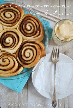 Cinnamon Rolls with Cream Cheese Frosting | www.somethingswanky.com