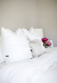 room color- worldly grey by sherwin williams (used in girls room). love this bedding