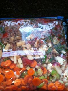 Great ideas and recipes for prepping freezer to crock pot meals // The Test Kitchen of Melissa Fallis #prepday #slowcooker