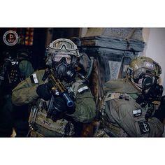 Polish Special Forces / Jednostka Wojskowa Komandosów (JWK)  #poland #polish #JWK #specialforces #sof #infantry #operators #soldiers #army #navy #airforce #tactical #war #camo #desert #snow #forest #middleeast #europe #usa #asia #us #military by operatorsoftheworld
