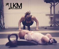 #crossfit mom #newbornphotography #lkm-photography.com