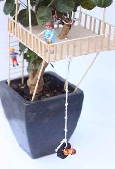 An awesome STEAM project: build a miniature tree house with your kid!