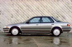 1990 Acura Integra 4-Door LS