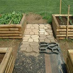 KINGSO 17x17 Inch Walk Maker Concrete Stepping Stone Mold Garden Lawn Path Paver Black