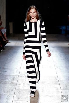 19. #Statement Stripes - #These Will Be the Hottest #Fashion #Trends for Spring 2015 ... → Fashion #Hottest