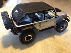 2012 Jeep Wrangler Unlimited Rubicon Custom BIKINI TOP AXIAL SCX10