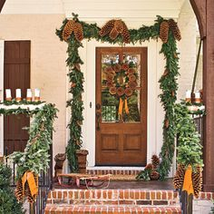 Be inspired by our natural front door trimmings for a holiday entry and Christmas door decorations that are as stylish as they are hospitable. Christmas Porch, Outdoor Christmas, Country Christmas, Winter Christmas, All Things Christmas, Christmas Decorations, Winter Porch, Natural Christmas, Christmas Flowers