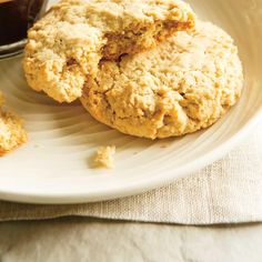 Oatmeal Cookies (The Best) added chopped coconut and flax reduced sugar to used coconut oil not canola Cookie Recipes For Kids, Healthy Dessert Recipes, Baking Recipes, Delicious Desserts, Oatmeal Biscuits, Best Oatmeal Cookies, Italian Biscuits, Ricardo Recipe, Biscuit Cookies