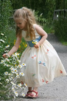 I love this ivory flower girl dress with embroidered dragonflies! Jr bridesmaid dress designed by littleeglantine.com Love that big sash.