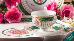 #herend #herendi #herendaustria #herendporcelain #herendporzellan #porcelain #porcelaine #porzellan #porselen #farfor #porcelart #chinaware #finechina #pottery #handmade #handpainted #vintage #vintageporcelain #antique #antiqueporcelain #decor #homedecor #inspiration #teaparty #teatime #hightea Empire Style, Flower Garlands, Tea Sets, Fine China, Tea Party, Porcelain, Pottery, Hand Painted, Shapes