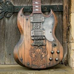 Hutchinson Guitars
