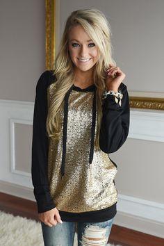 Prima Donna Hoodie ~ Gold Sequin - The Pulse Boutique - Pepino Fashionista Look Fashion, Fashion Outfits, Womens Fashion, Fall Fashion, Fall Winter Outfits, Autumn Winter Fashion, Comfy Hoodies, Sweatshirts, Casual