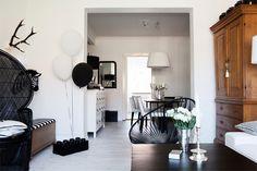 acapulco-chair, Black & white