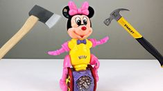 What's Inside dancing MINIIE MOUSE? Dance All Day, Youtube Banners, Funny Toys, You Youtube, Minions, Minnie Mouse, Singing, Songs, Birthday