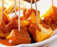 Salsa brava by Thermomix® on www. Dips, Spanish Food, Guacamole, Love Food, Sweet Potato, Mashed Potatoes, Food To Make, Appetizers, Menu