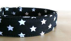 Hund: Halsbänder - Halsband Gassi Punkte Hund Sterne M/L - ein Designerstück von stitchbully bei DaWanda